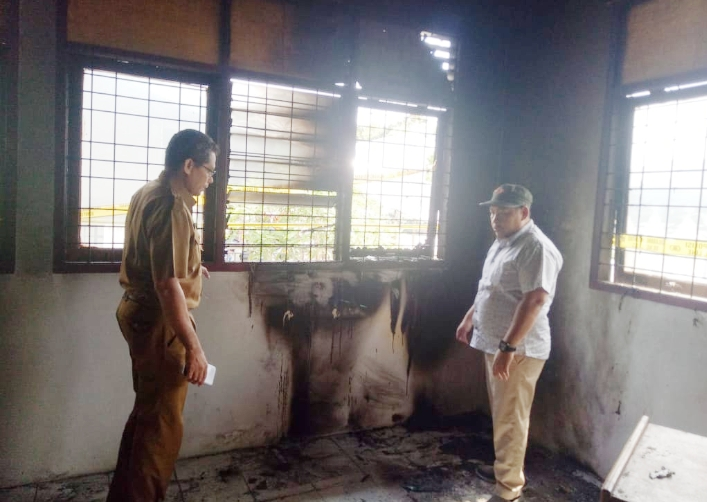 Ruang Pelayanan Kantor Desa Lubuk Terap Habis Terbakar