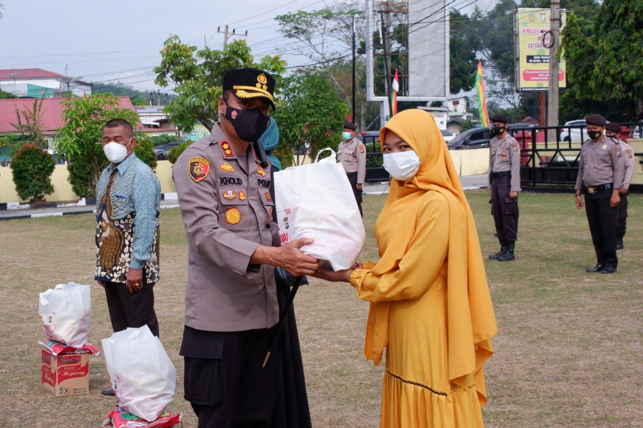 Seribu Sembako Polres Kampar Di Hari Bhayangkara Ke 75