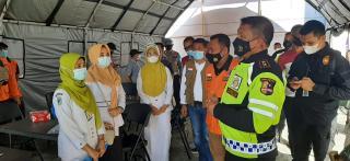 Vaksinasi Massal Lansia Di Bangkinang, Kapolda Riau : Sukseskan Pelaksanaannya